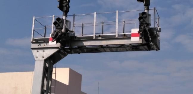 النقل تعلن التشغيل التجريبي لنظم كهربة إشارات برج كفر الزيات