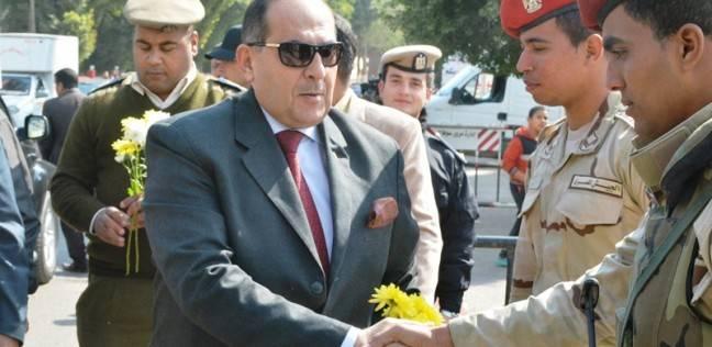 محافظ سوهاج ومدير الأمن يقدمان التهنئة للضباط والجنود بعيد الشرطة