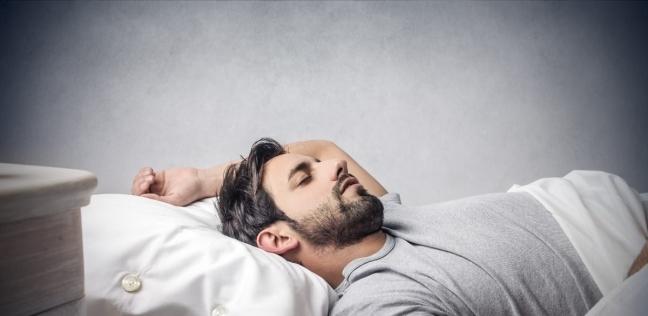 قلة عدد ساعات النوم يشكل خطرًا على الشخص