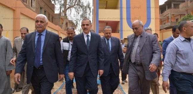 محافظ أسيوط يفتتح مدرسة ويتفقد مجزر آلي ومحطة صرف صحي بمركز أبنوب