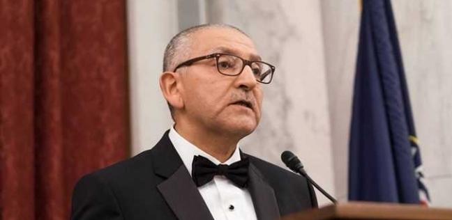 """سفير مصر لدى واشنطن عن الاستفتاء: """"كل دقيقة واحد بيصوت"""""""