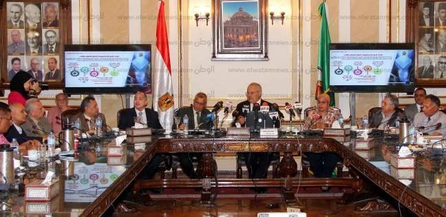 الخشت: جامعة القاهرة بيت للجميع وغير مسموح بالعمل الحزبي والسياسي
