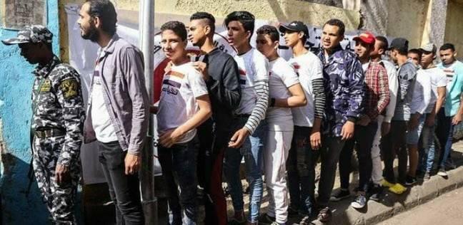 إقبال الشباب على التصويت بلجان وسط الإسكندرية