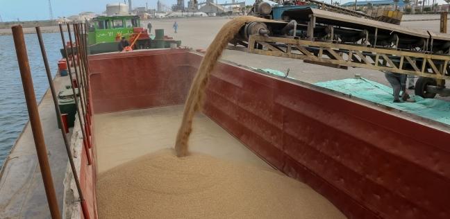 """""""ميناء دمياط"""": لم نغلق البوغاز ومعدلات العمل لم تتأثر بالطقس"""