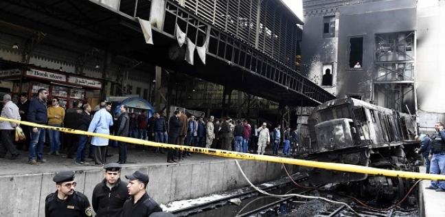 بالصور| بدء أعمال صيانة مكان حريق جرار محطة مصر