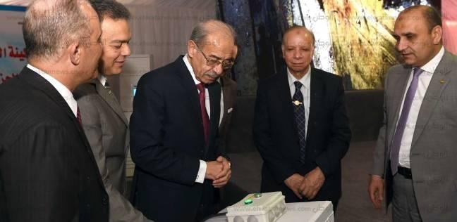 """رئيس الوزراء يجتمع بـ""""العناني"""" لبحث العمل في المتحف المصري الكبير"""