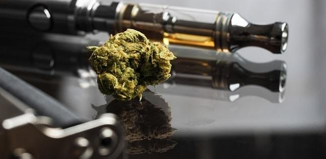 دراسة: تعاطي الحشيش في السجائر الإلكترونية أخطر بكثير من تدخينه