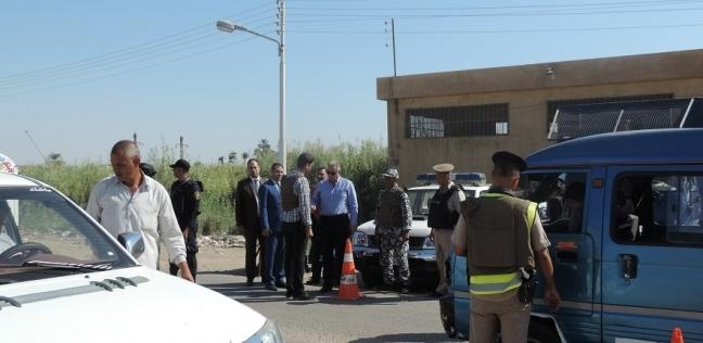 ضبط طالبين اخترقا هاتف مواطن واستوليا على صور خاصة به لابتزازه بالفيوم