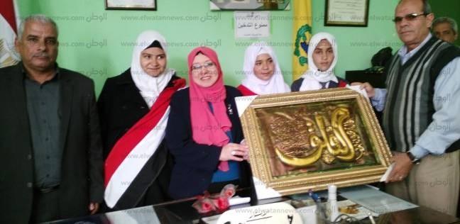 مدير الإدارة التعليمية بالشيخ زويد يتفقد بعض المدارس