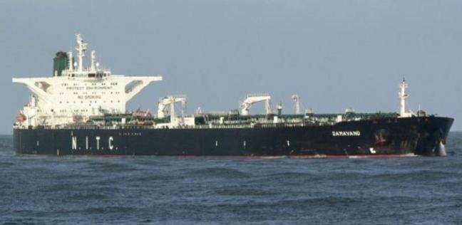 الأسطول الأمريكي: نعمل مع حلفائنا لتأمين ناقلات النفط في الخليج