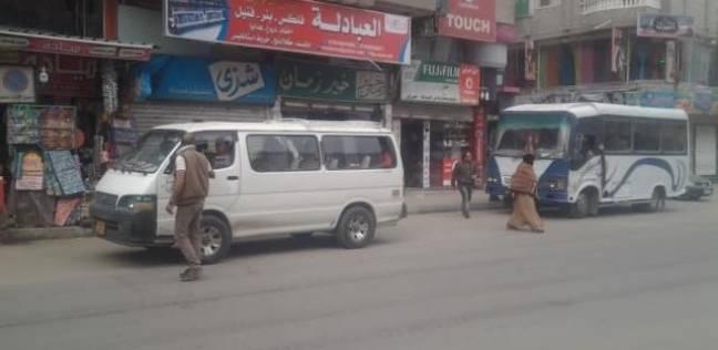 """""""في ضهر جيشهم"""".. أهالي سيناء يفتحون بيوتهم للعالقين على الطريق"""