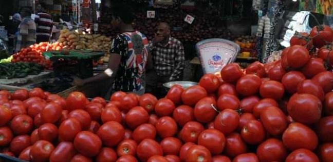 """استقرار أسعار الخضروات في سوق الجملة.. و""""الطماطم"""" بـ4.75 جنيه"""