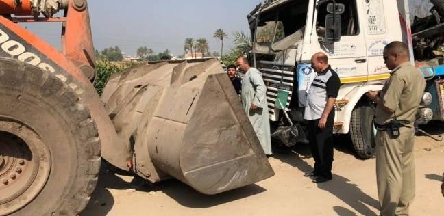 التحريات الأولية: قائد سيارة النقل المتسبب في حادث المنيا