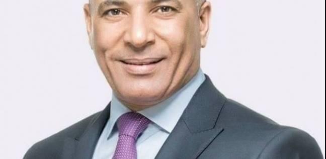 """أحمد موسى: """"فيه موظفين بيلفوا محشي ويقمعوا بامية في المصالح الحكومية"""""""