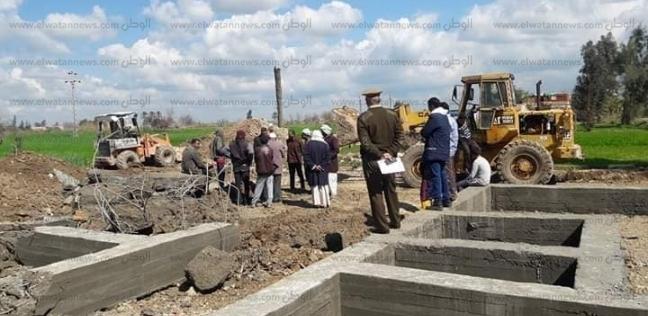إزالة 117 مخالفة إشغال طريق و6 حالات تعد على الأراضي الزراعية بالبحيرة