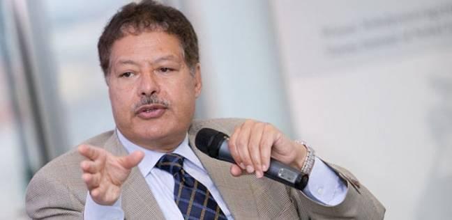 """عمرو الليثي ناعيا زويل: """"فقدنا قامة وقيمة علمية كبيرة"""""""