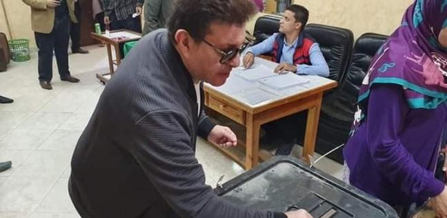 هاني شاكر يدلي بصوته في الاستفتاء على التعديلات الدستورية
