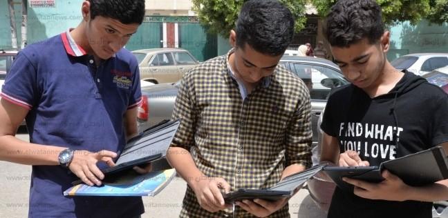 مصر   عاجل  مصدر: تأجيل امتحانات  أولى ثانوي  بسبب الحر الشديد غدا