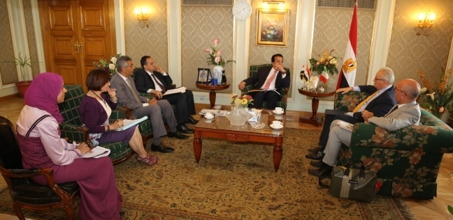 وزير التعليم العالي يبحث مع السفير الإيطالي بالقاهرة تعزيز التعاون