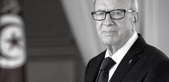 مصر   من الشاشة حتى  فيسبوك .. إعلان وفاة قادة عرب في عصر الميديا