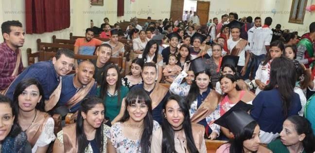 «الكنيسة» تكرم المتفوقين بالمراحل التعليمية بإيبارشية أطفيح