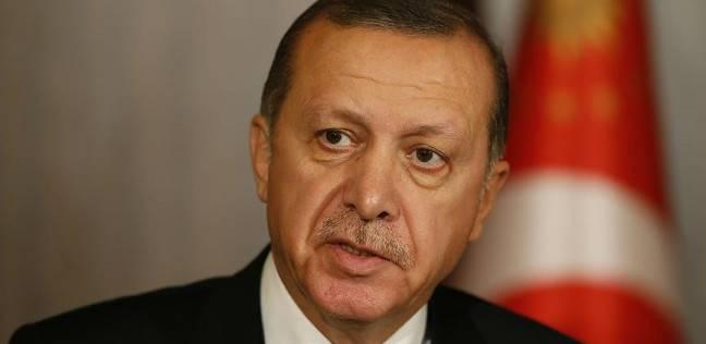 بالصور| في قمة إيران.. الكاميرات ترصد تناول أردوغان للمكسرات بشراهة