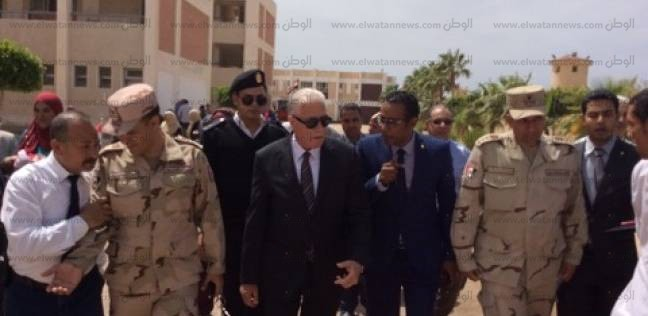 محافظ جنوب سيناء يتفقد اللجان الانتخابية بمدينة الطور