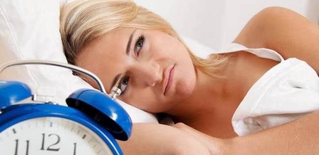 دراسة: قلة النوم تسبب الوزن الزائد والسكري