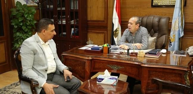 بالصور  محافظ كفر الشيخ يتابع سبل تحسين الخدمات والمرافق للمواطنين