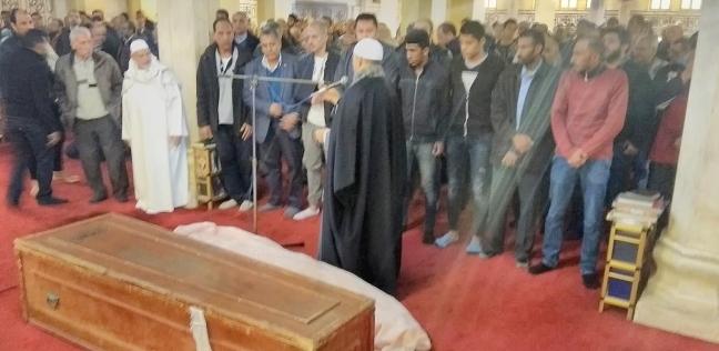 بالصور| تشييع جثمان وسام حنفي ضحية حادث محطة مصر في الإسكندرية