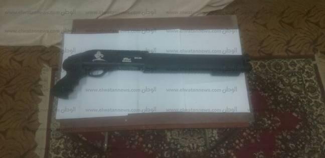 ضبط عاطل وبحيازته سلاح ناري خرطوش بأسوان