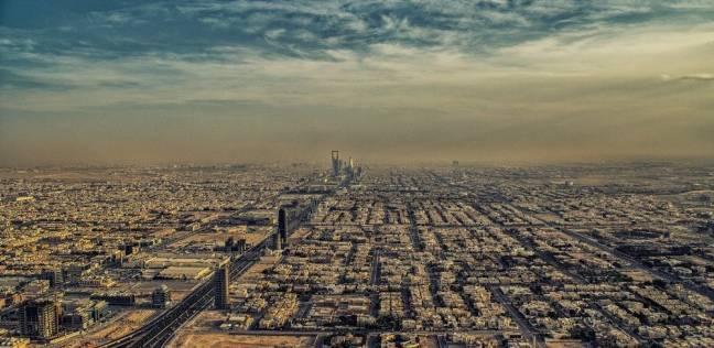 السعودية تبني 9 محطات تحلية مياه على البحر الأحمر