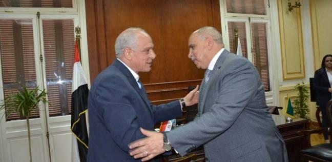 مدير أمن الجيزة يهنئ المحافظ الجديد بمنصبه
