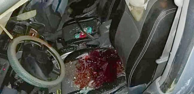 مصرع مواطن وزوجته وإصابة أطفالهم الثلاثة في انقلاب سيارة بالبحيرة