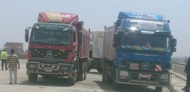 """""""النقل"""" تجري تجارب تحميل على كوبري الطريق الدائري الإقليمي"""
