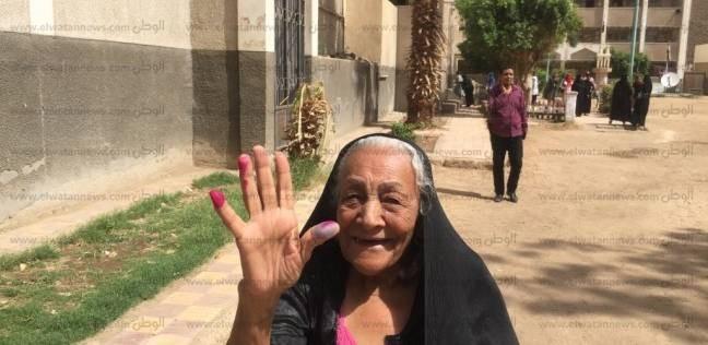 """""""آنجيل"""" صاحبة 70عاما: السيسي وفر لنا الأمن والأمان والتموين """"ببلاش"""""""
