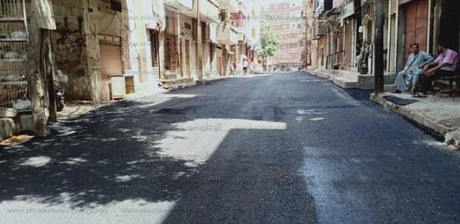 رصف شوارع حي غرب أسيوط.. وإزالة الإشغالات من منطقتي سيتي والجامعة