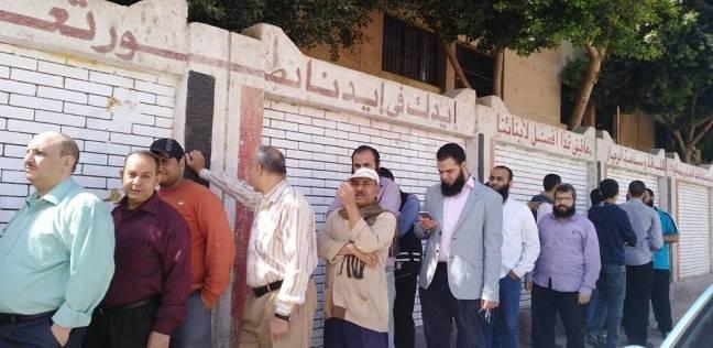 بالصور| سيارات تابعة لحزب النور تدعو للمشاركة بانتخابات الرئاسة في سوهاج