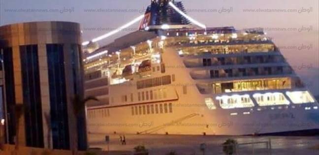 """""""موانئ البحر الأحمر"""": وصول وسفر 940 راكبا"""
