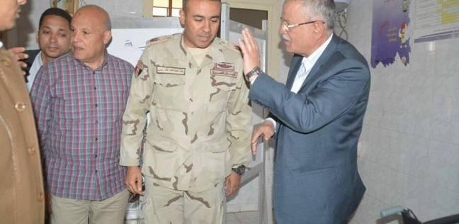محافظ المنيا يتفقد المقرات الانتخابية ويتابع التجهيزات النهائية