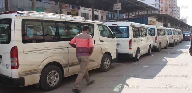 إضراب سائقي الأجرة بجنوب الأقصر احتجاجا على قرارات مجلس المدينة