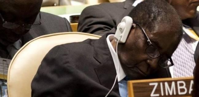 عاجل| الحزب الحاكم في زيمبابوي يتهم قائد الجيش بتدبير انقلاب