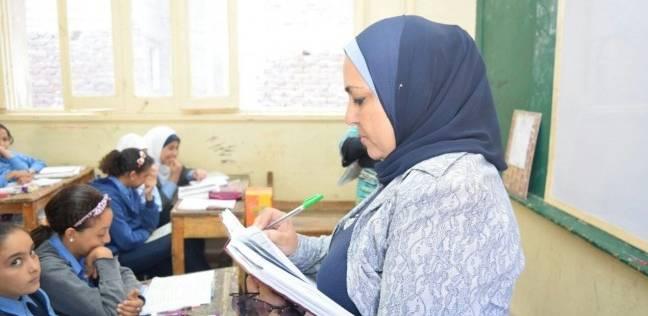 مدير إدارة تعليمية بالإسكندرية تشدد على توافر عناصر الأمان للطلاب بالمدارس