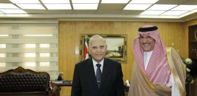 وزير العدل يبحث مع السفير السعودي تفعيل اتفاقية المساعدة القضائية