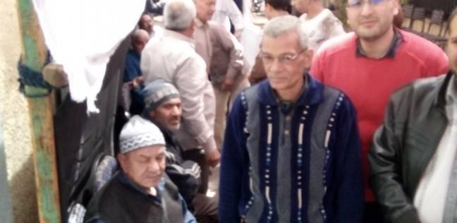 الناخبون يتوافدون على لجان السيدة زينب والدرب الأحمر في اليوم الأخير