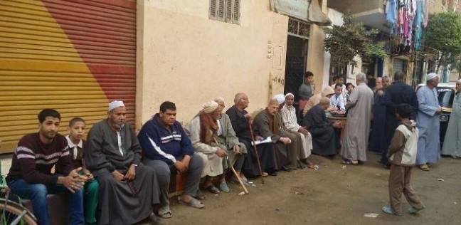 بالصور| تزايد الإقبال على لجان التصويت بمحافظة المنوفية