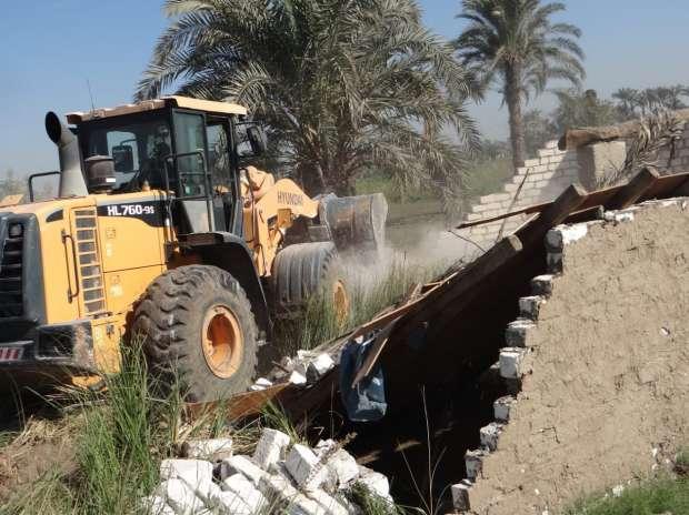 إزالة 827 حالة تعد على أراض زراعية وأملاك دولة في حملات مكبرة بالفيوم