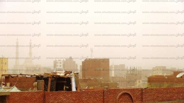إعلان الطوارئ بمستشفيات أسوان إثر عاصفة ترابية ضربت المحافظة