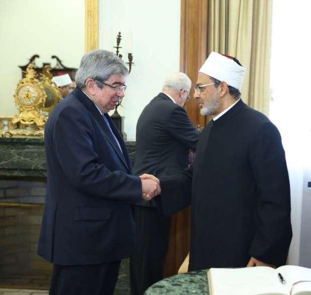 أحمد الطيب يصل احتفالية الذكرى الـ 50 لتأسيس الجمعية الإسلامية