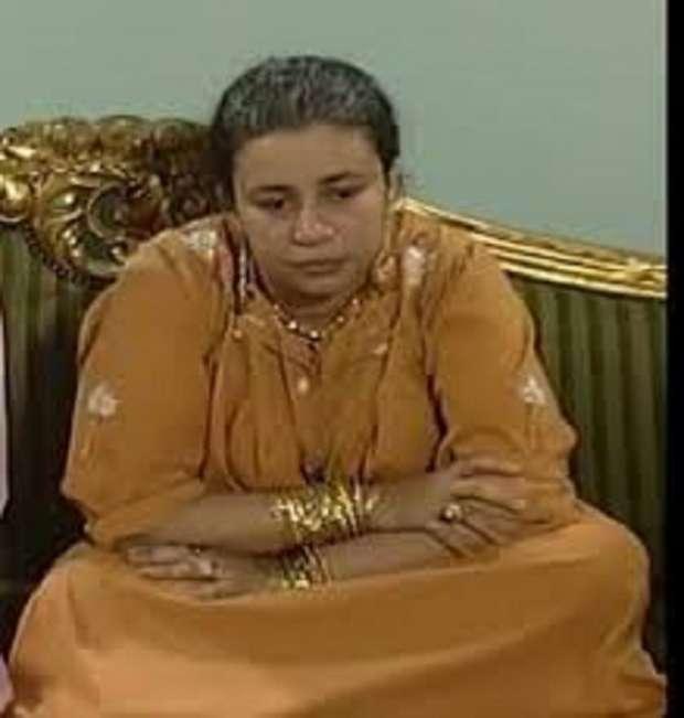 إبداع عبلة كامل في فاطمة كشري.. الأم الأصغر سنا من بعض أبنائها